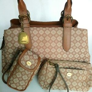 Nine West 3 Pce Geometric Canvas/Faux Leather Bag